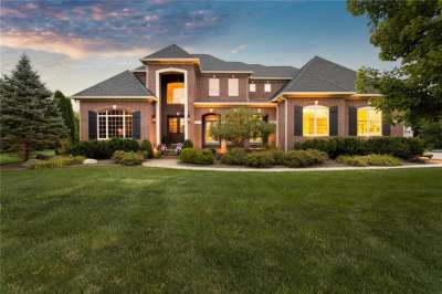 4079 Wild Wood Court, Zionsville, IN 46077
