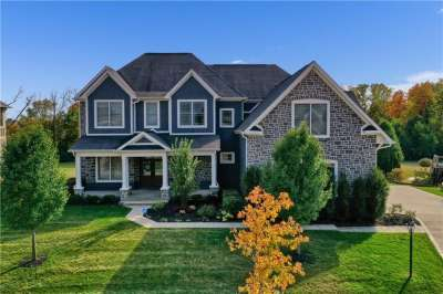 14365 S Gainesway Circle, Fishers, IN 46040