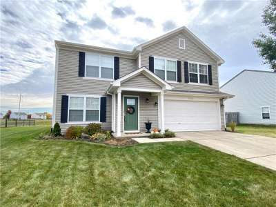 17225 Puntledge Drive, Westfield, IN 46062