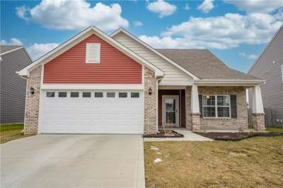 2536 N Shadowbrook Trace, Greenwood, IN 46143
