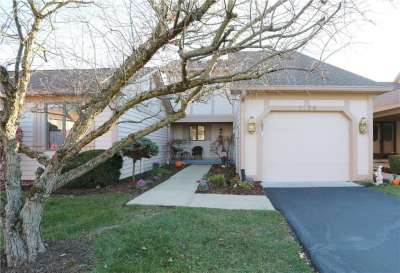 7438 S Sylvan Ridge Rd, Indianapolis, IN 46240
