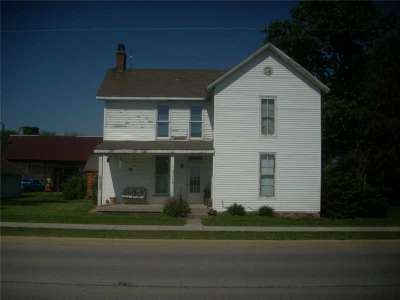 1204 N Graham Road, Greenwood, IN 46143