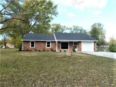 8098 N Maple Drive, Mooresville, IN 46158