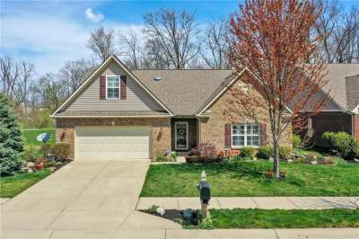 9897 N Brook Wood Drive, McCordsville, IN 46055