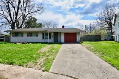 6113 N Regina Circle, Indianapolis, IN 46224