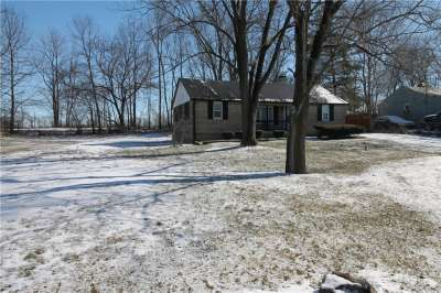 7299 N Green Meadows Estates, Fairland, IN 46126
