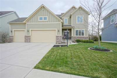 10905 N Blooming Orchard Drive, Fishers, IN 46038
