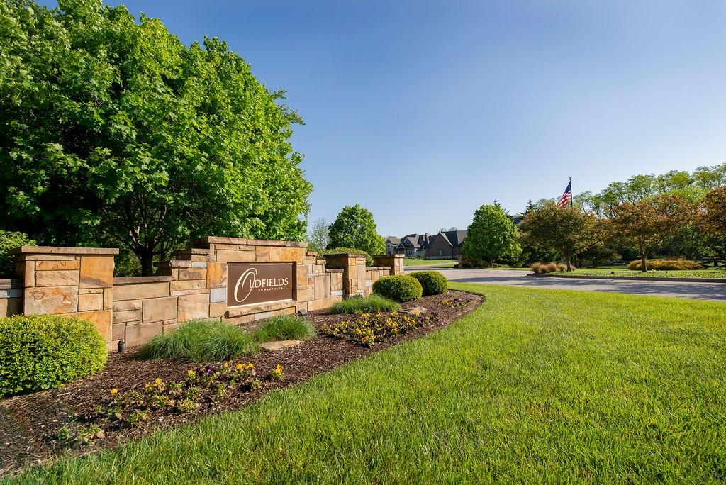 6743 N Wellington Circle Zionsville, IN 46077