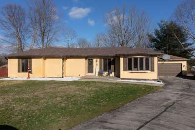 397 E Mill Spring, Fillmore, IN 46128