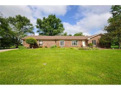 1122 N County Road 425, Avon, IN 46123