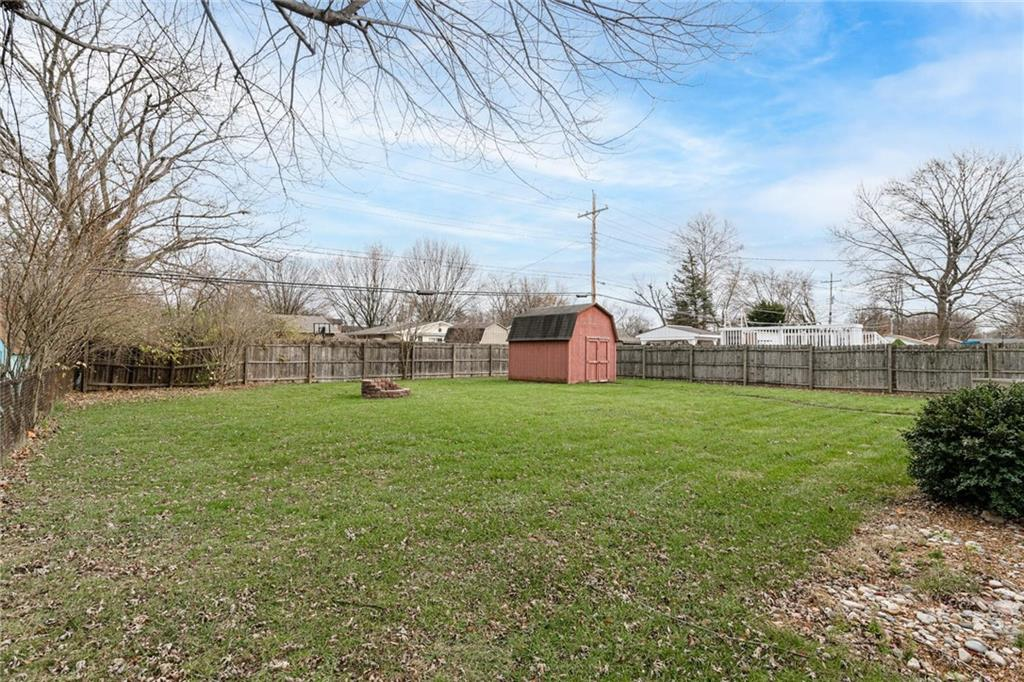 715 E Howard Road, Greenwood, IN 46142 image #30