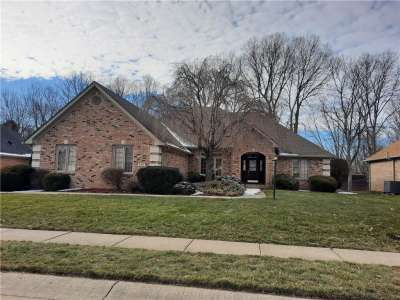 6418 S Pheasant Drive, Indianapolis, IN 46237