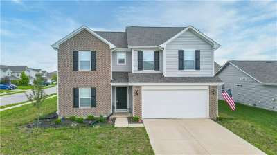 2202 E Silver Spoon Drive, Greenfield, IN 46140