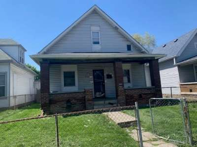 944 N Oakland Avenue, Indianapolis, IN 46201