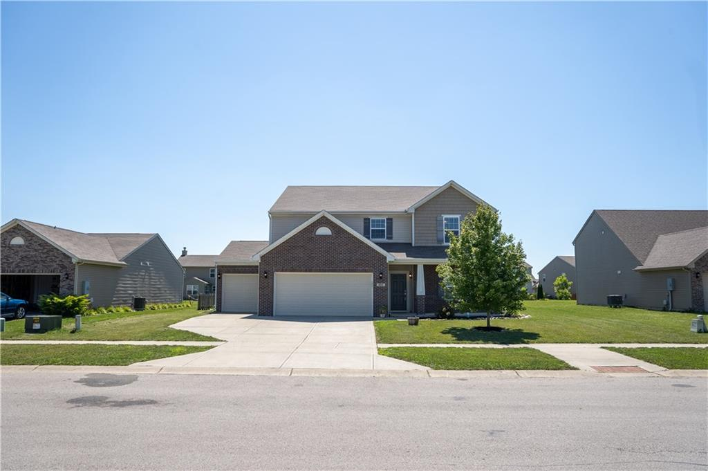 883 Blackberry Drive, Greenwood, IN 46143 image #1