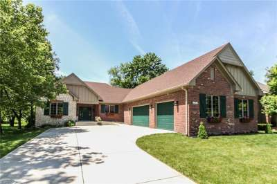 843 N Wilderness Lane, Greenwood, IN 46142