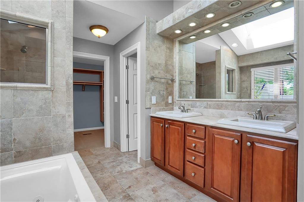 9980 E Woodlands Drive, Fishers, IN 46037 image #20