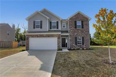 2470 W Apple Tree Lane, Indianapolis, IN 46229