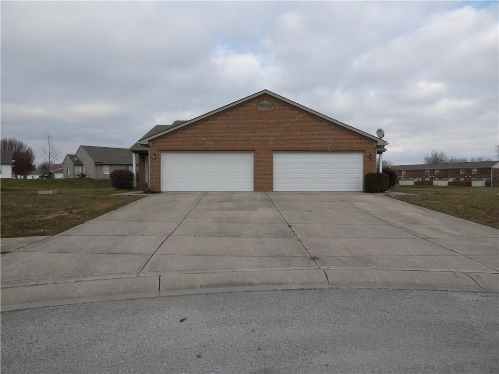 1042 W Taurus Court, Franklin, IN 46131 image #1