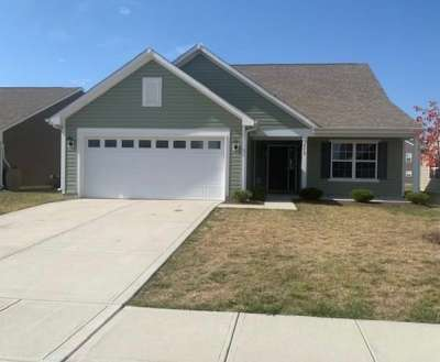 2572 E Shadowbrook Trace, Greenwood, IN 46143