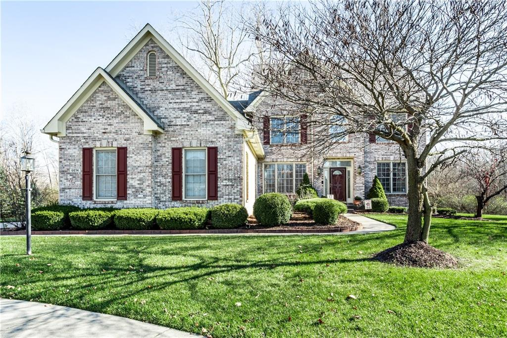6674 E Cherbourg Circle Indianapolis, IN 46220