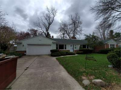3511 N Oakwood Drive, Anderson, IN 46011