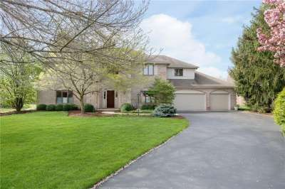 1765 W Continental Drive, Zionsville, IN 46077
