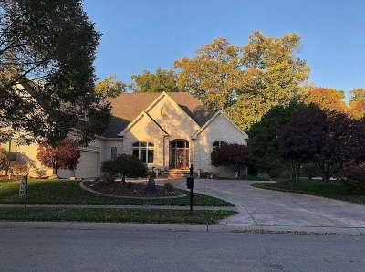 2003 S Caledonian Court, Greenwood, IN 46143