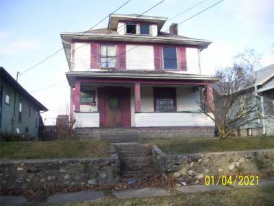 1526 W A Avenue, New Castle, IN 47362